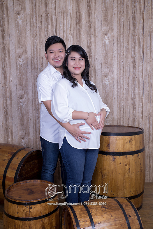 Maternity-pregnancy-photo-studio-foto-kehamilan-ibu-hamil-jakarta-utara-kelapa-gading-sunter-cempaka-putih-17