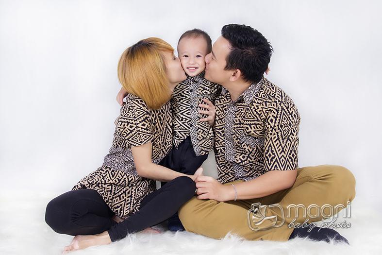 Family-photo-studio-foto-keluarga-ulang-tahun-jakarta-utara-kelapa-gading-sunter-002