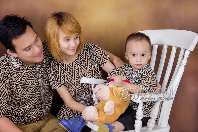 Family-photo-studio-foto-keluarga-ulang-tahun-jakarta-utara-kelapa-gading-sunter-005