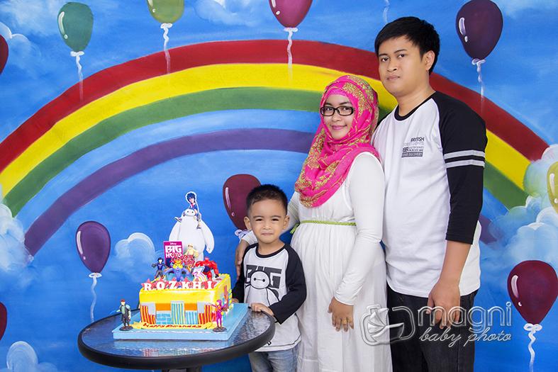 Family-photo-studio-foto-keluarga-ulang-tahun-jakarta-utara-kelapa-gading-sunter-015