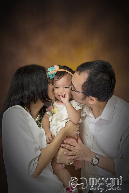 Baby & Bunch (Family Studio Photo)