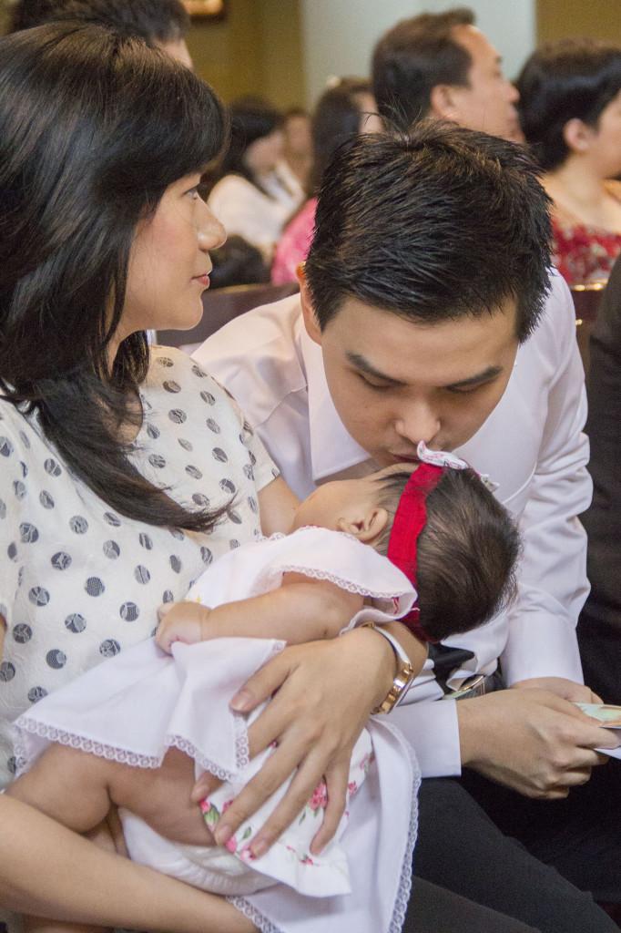 Sakramen-Pembaptisan-Baptis-Bayi-Gereja-Santo-Yakobus-Kelapa-Gading_0346