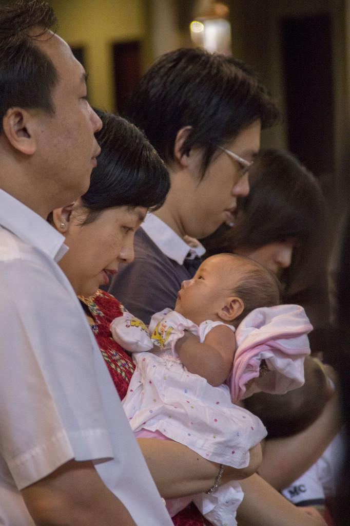 Sakramen-Pembaptisan-Baptis-Bayi-Gereja-Santo-Yakobus-Kelapa-Gading_0356